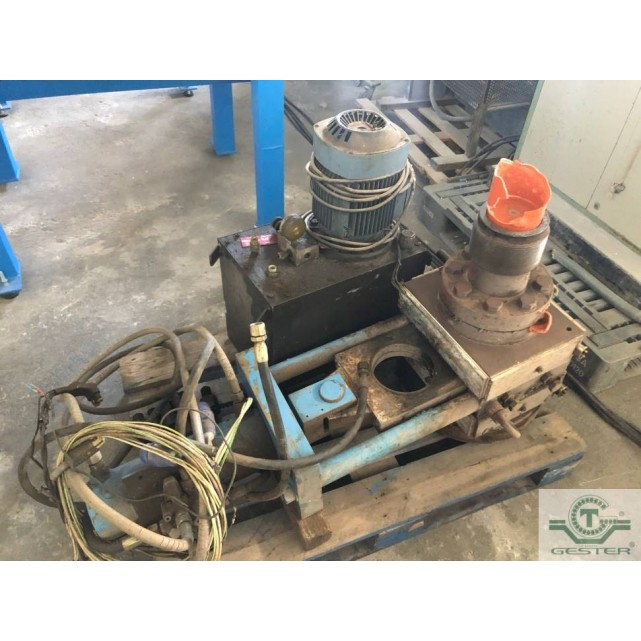 Hydraulic filter changer