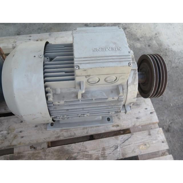 Engine standing