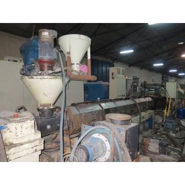 Extrudeuse de plastique pour la granulation